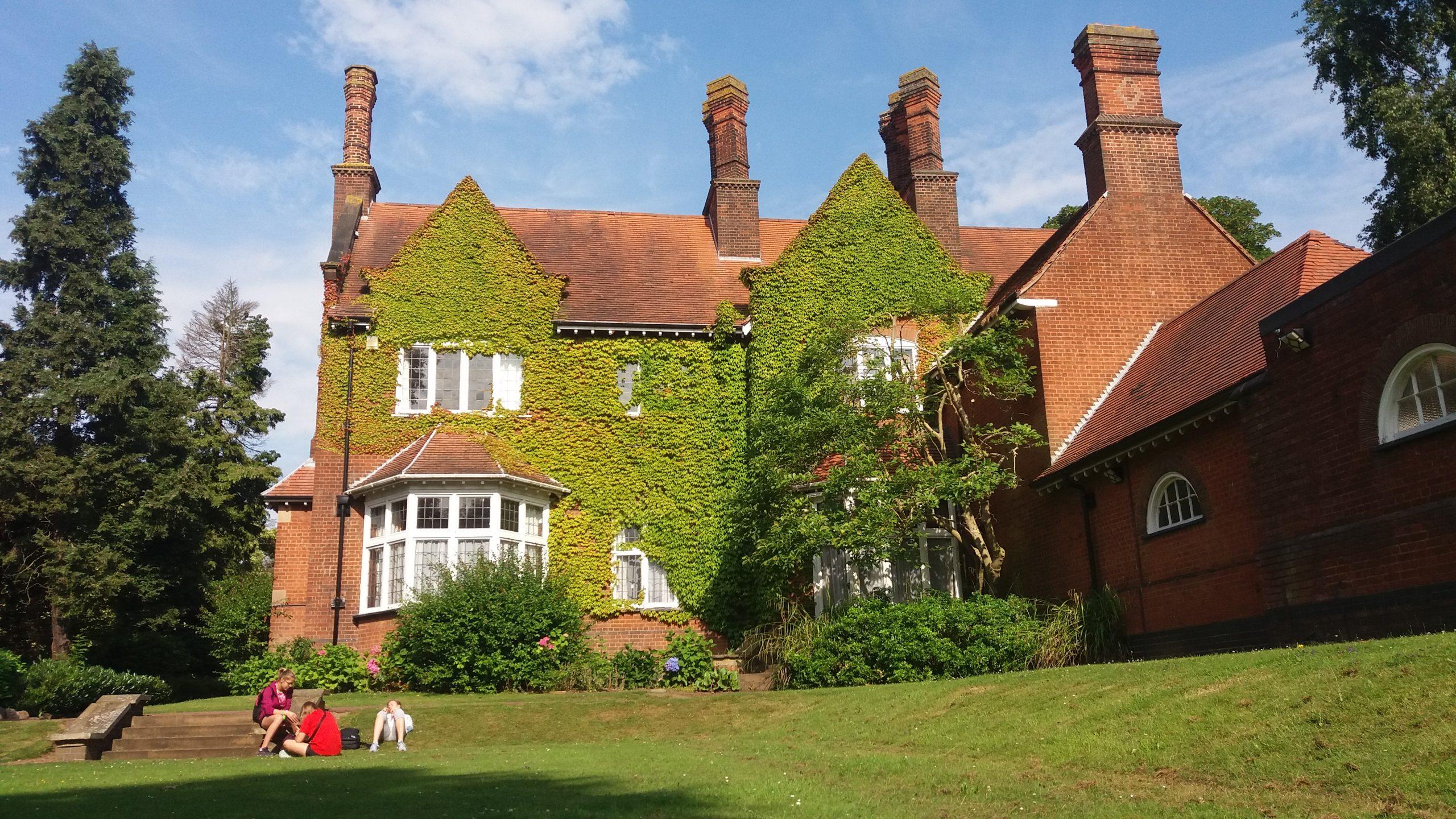 Casa del profesor-UK