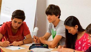 Campamento de Francés o Inglés para niños en Suiza