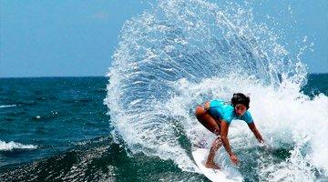 Cursos de Inmersión en familia + Surf – 2020